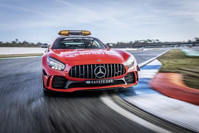 Ngắm bộ đôi Mercedes-AMG làm xe an toàn và xe y tế của giải đua F1 - Ảnh 6.