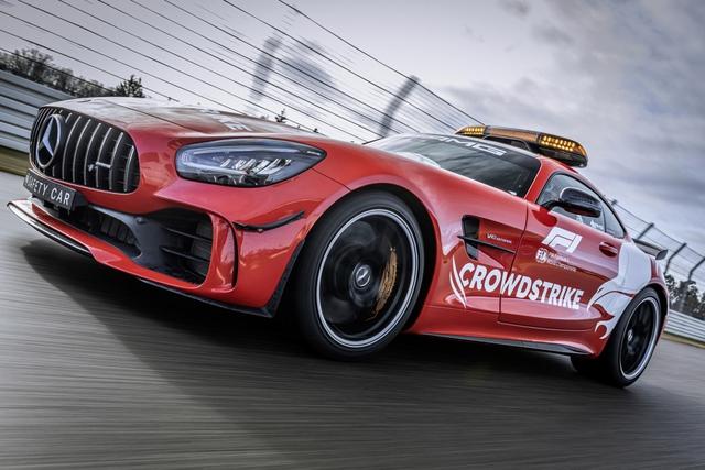 Ngắm bộ đôi Mercedes-AMG làm xe an toàn và xe y tế của giải đua F1 - Ảnh 7.