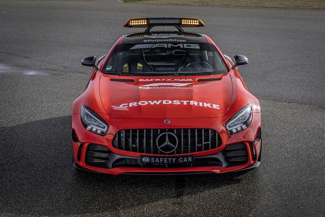 Ngắm bộ đôi Mercedes-AMG làm xe an toàn và xe y tế của giải đua F1 - Ảnh 8.