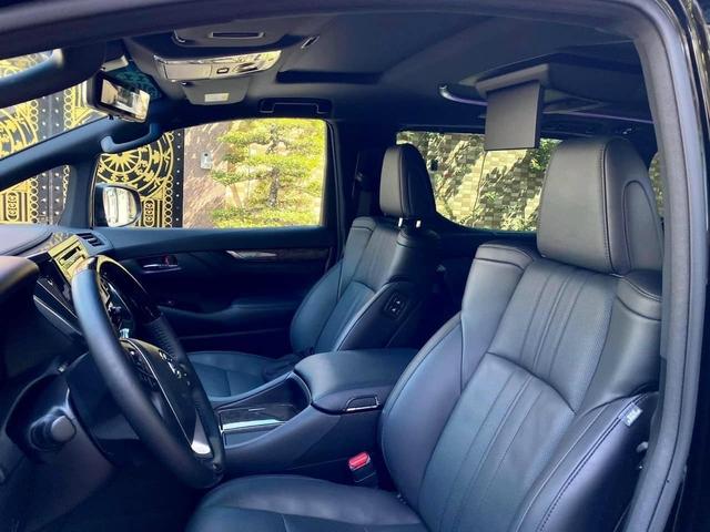 1 năm tuổi, Toyota Alphard cũ vẫn đắt hơn Mercedes-Benz V-Class đập hộp gần 1,6 tỷ đồng - Ảnh 3.