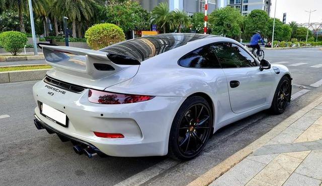 Huyền thoại Porsche 911 được rao bán 4 tỷ đồng dù chạy chỉ chạy 5.000km mỗi năm - Ảnh 3.