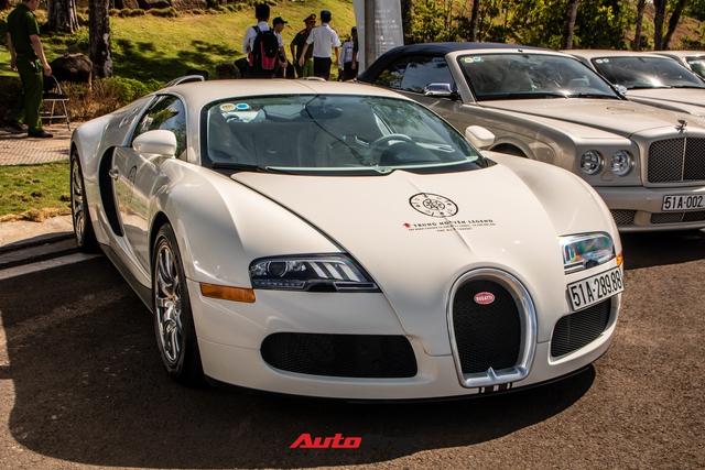 Cận cảnh Bugatti Veyron độc nhất Việt Nam vừa tái xuất sau hai năm vắng bóng: Các chi tiết vẫn như mới sau 13 năm tuổi - Ảnh 4.