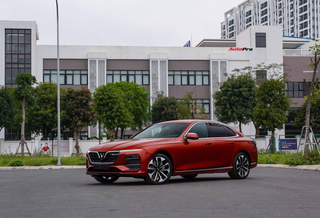 Vừa mua VinFast Lux A2.0 bản full còn chưa đăng ký đã vội lên SA2.0, chủ xe nhượng lại giá 950 triệu đồng - Ảnh 8.