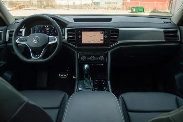 VW Teramont 2021 rục rịch về Việt Nam: Giá dự kiến trên 2 tỷ, đấu Ford Explorer - Ảnh 4.