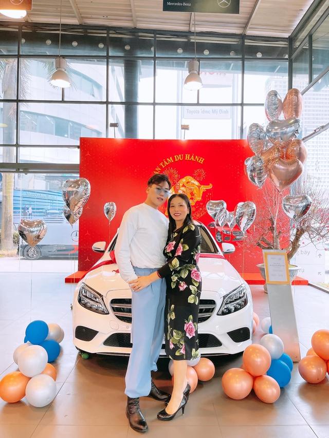 An cư tậu Mẹc, nhà văn 9X Hà Nội mua Mercedes-Benz trả thẳng một lần sau khi mua 2 căn nhà và xe hơi tặng bố - Ảnh 3.