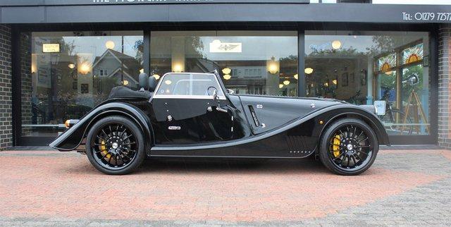 Morgan Plus Six 2021 chào hàng đại gia Việt: Giá hơn 8 tỷ, vỏ xe cổ, ruột BMW với động cơ Z4 M mạnh mẽ - Ảnh 5.