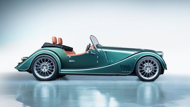 Morgan Plus Six 2021 chào hàng đại gia Việt: Giá hơn 8 tỷ, vỏ xe cổ, ruột BMW với động cơ Z4 M mạnh mẽ - Ảnh 2.