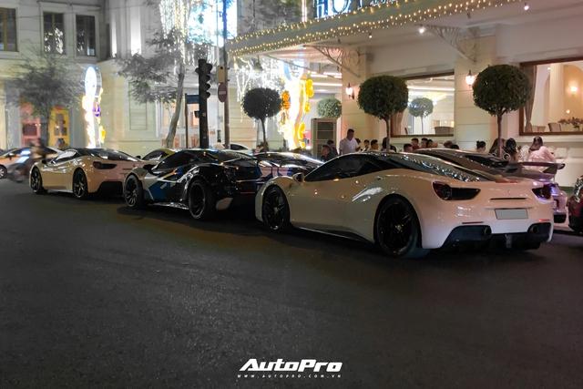 Dàn siêu xe gần trăm tỷ hội ngộ tại Sài Gòn: Ferrari chiếm áp đảo, BMW i8 của Bùi Tiến Dũng cũng góp mặt - Ảnh 2.