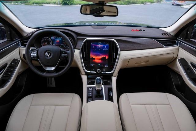 Trải nghiệm nhanh, dân chơi bán VinFast Lux A2.0 chỉ sau 500km với giá hơn 1 tỷ đồng - Ảnh 4.
