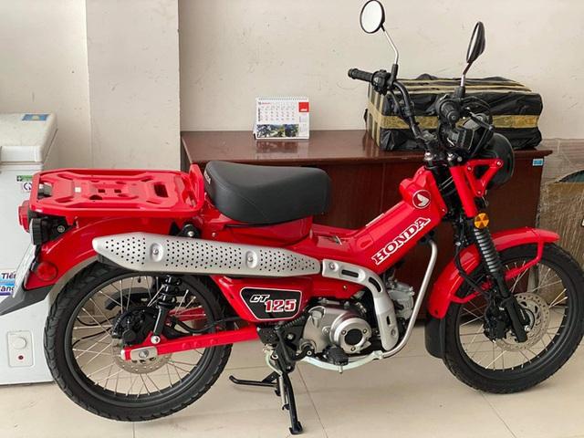 Hậu duệ Super Cub huyền thoại - Xe số có giá ngang Honda SH - Ảnh 4.