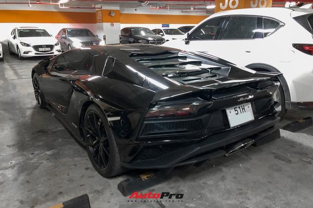 Lamborghini Aventador S màu đen độc nhất Việt Nam lộ diện, biển số mới khẳng định hoa đã có chủ - Ảnh 2.