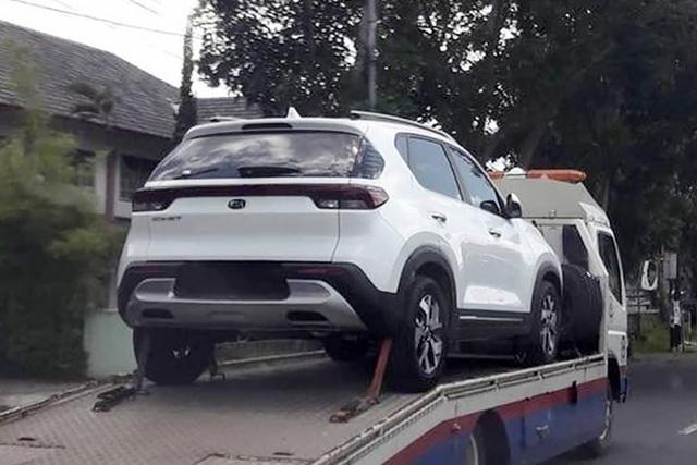 Kia Sonet ra mắt tháng 9 tại Việt Nam: Giao từ xe từ tháng 10, ba phiên bản, giá dự kiến từ 500 triệu đồng - Ảnh 1.