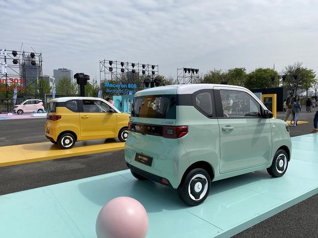 Chiếc ô tô điện giá hơn 100 triệu phá đảo doanh số, 2 phút có 1 xe xuất xưởng - Ảnh 4.