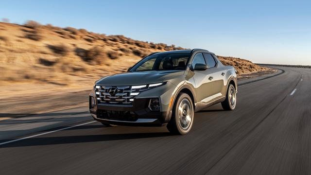 Hyundai Santa Cruz bản cao cấp nhất trang bị nhiều công nghệ như xe sang