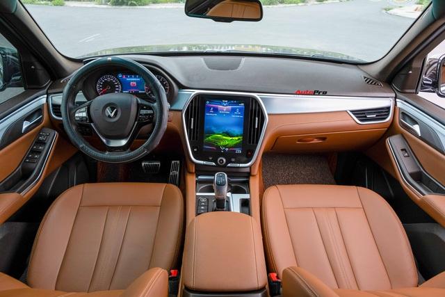 Bán VinFast Lux SA2.0 màu hiếm giá 1,3 tỷ đồng, chủ xe khiến CĐM bất ngờ với mức ODO sau 2 năm - Ảnh 4.