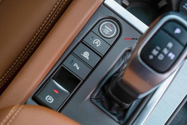 Bán VinFast Lux SA2.0 màu hiếm giá 1,3 tỷ đồng, chủ xe khiến CĐM bất ngờ với mức ODO sau 2 năm - Ảnh 7.