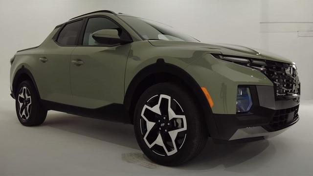 Săm soi Hyundai Santa Cruz 2021 ngoài đời thực - Bán tải thời trang kiểu mới