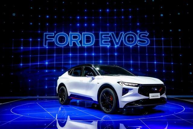 Ra mắt Ford Evos - SUV của Mondeo được người Việt mong chờ - Ảnh 1.