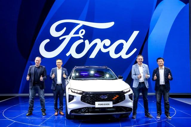 Ra mắt Ford Evos - SUV của Mondeo được người Việt mong chờ - Ảnh 3.