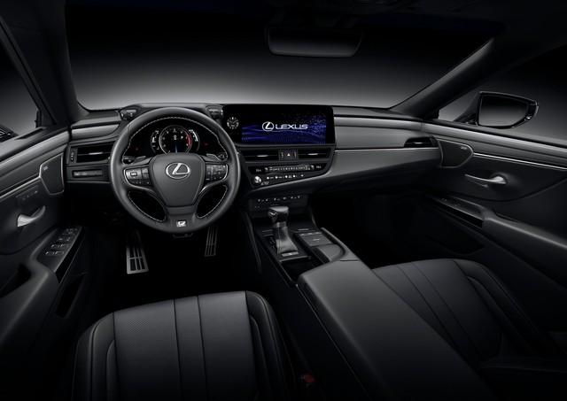 Lexus ES 2022 ra mắt: Bổ sung phiên bản, trang bị mới đấu Mercedes-Benz E-Class, BMW 5-Series khi về nước - Ảnh 7.