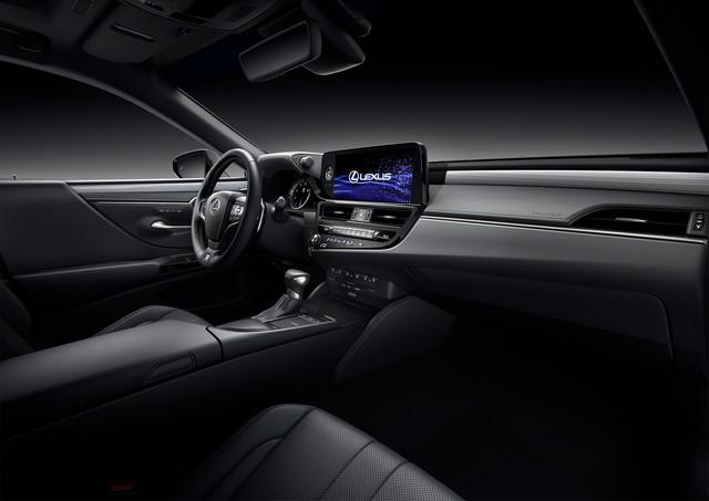 Lexus ES 2022 ra mắt: Bổ sung phiên bản, trang bị mới đấu Mercedes-Benz E-Class, BMW 5-Series khi về nước - Ảnh 8.