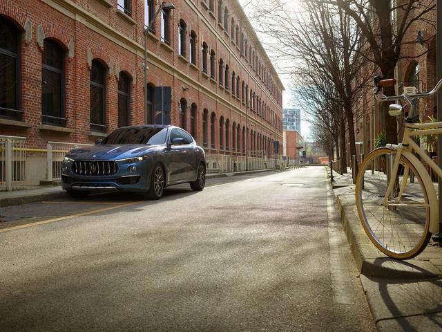 Ra mắt Maserati Levante Hybrid - Chương sử mới của đinh ba quyền lực - Ảnh 2.