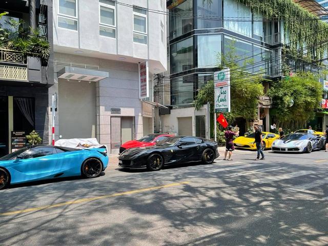 Hội chơi siêu xe Evo Team tổ chức xuyên Việt, có cả sự góp mặt của dân chơi lan đột biến - Ảnh 9.