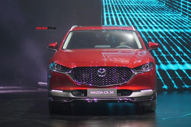 Đánh giá nhanh Mazda CX-30 tại Việt Nam: 2 phiên bản, giá cao nhất gần 900 triệu, đấu Toyota Corolla Cross - Ảnh 2.