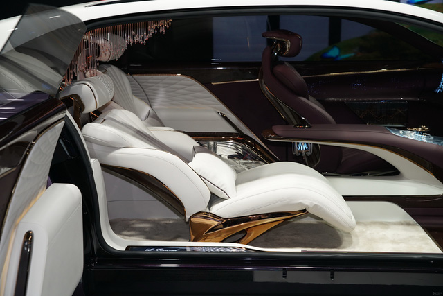 Hongqi L-Concept: Xe siêu sang cho ông chủ, tham vọng đấu Rolls-Royce và Bentley - Ảnh 3.