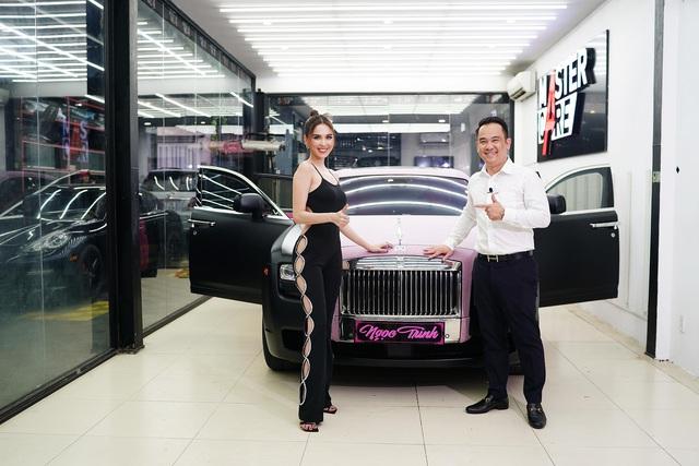 Ngọc Trinh khoe Rolls-Royce Ghost phiên bản Black Pink độc nhất Việt Nam, tiện rao bán Mercedes-Maybach S500 giá 6,5 tỷ đồng - Ảnh 8.