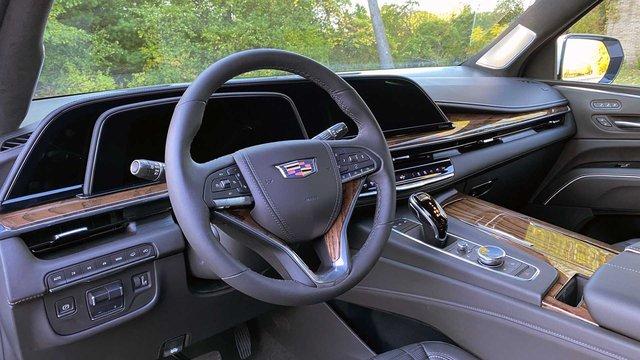 Mua xe sang ít ai chọn bản base: Cadillac Escalade thế hệ mới được mua với giá trung bình gấp rưỡi mức khởi điểm - Ảnh 2.