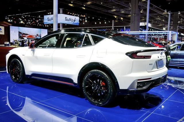 Ford Evos - Gầm cao của Mondeo sẽ không được bán tại Việt Nam - Ảnh 5.