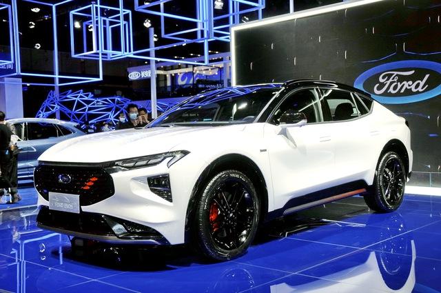 Ford Evos - Gầm cao của Mondeo sẽ không được bán tại Việt Nam - Ảnh 2.