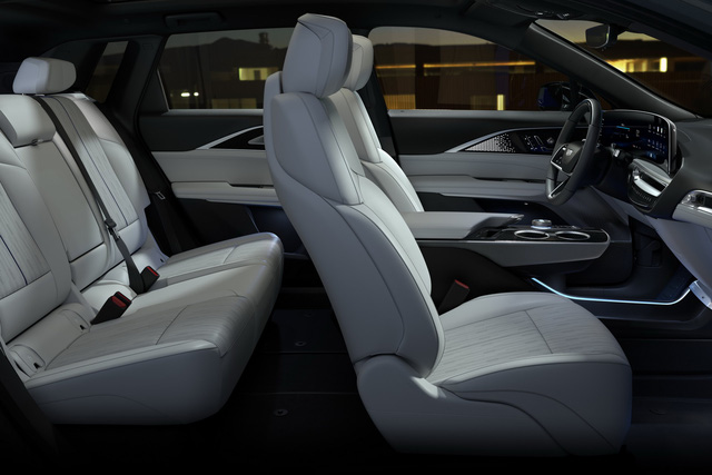 Cadillac Lyriq chính thức có bản hoàn chỉnh với giá quy đổi từ 1,38 tỷ đồng - Ảnh 5.