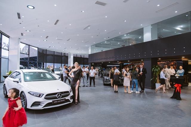 Mercedes-Benz mở đại lý tiêu chuẩn MAR2020 lớn nhất Bắc và Bắc Trung Bộ - Ảnh 1.