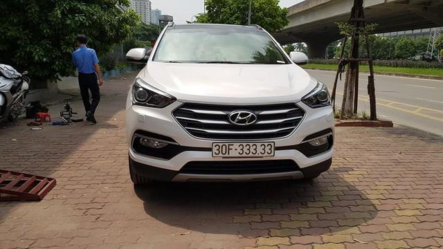 Bàn tay vàng trong làng bốc biển: 5 chủ xe Hyundai Santa Fe tại Hà Nội ẵm 5 biển ngũ quý, sang tay nhanh thu về đôi ba tỷ đồng mỗi chiếc - Ảnh 3.