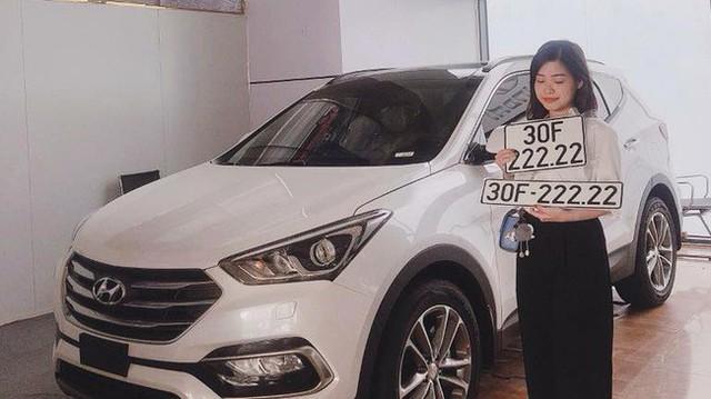Bàn tay vàng trong làng bốc biển: 5 chủ xe Hyundai Santa Fe tại Hà Nội ẵm 5 biển ngũ quý, sang tay nhanh thu về đôi ba tỷ đồng mỗi chiếc - Ảnh 2.