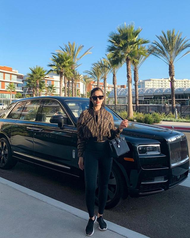 """Rolls-Royce đã tạo nét trên """"đường đua"""" đẳng cấp của hội con nhà giàu Việt như thế nào? - Ảnh 2."""