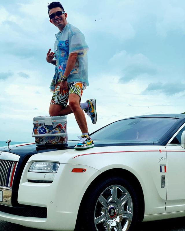 """Rolls-Royce đã tạo nét trên """"đường đua"""" đẳng cấp của hội con nhà giàu Việt như thế nào? - Ảnh 7."""