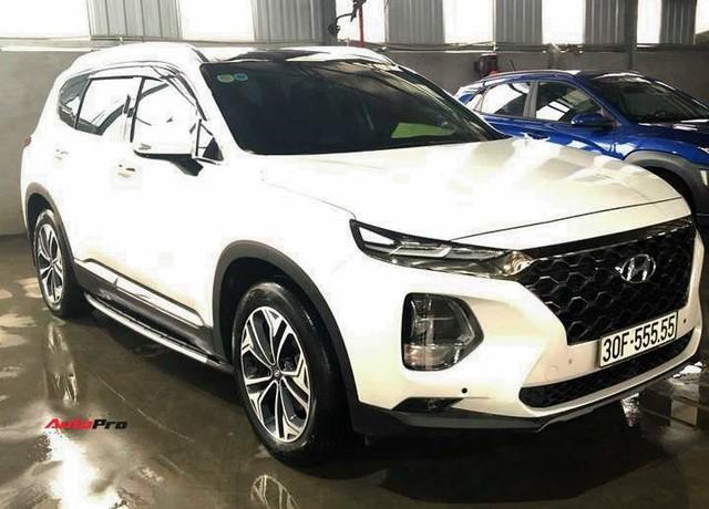 Bàn tay vàng trong làng bốc biển: 5 chủ xe Hyundai Santa Fe tại Hà Nội ẵm 5 biển ngũ quý, sang tay nhanh thu về đôi ba tỷ đồng mỗi chiếc - Ảnh 4.