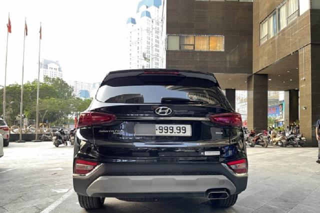 Hyundai Santa Fe đội giá lên gần 4 tỷ đồng sau khi chủ xe bấm biển ngũ quý 9 - Ảnh 3.