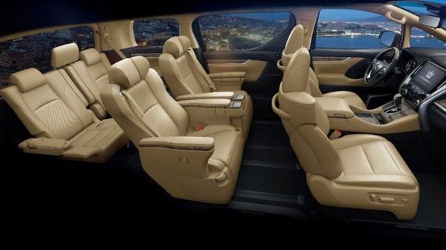 Xe chủ tịch Toyota Crown có thêm bản minivan, giá quy đổi từ 3,2 tỷ đồng - Ảnh 3.