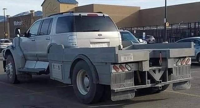 Ford Explorer độ bán tải không thể… thiếu thuyết phục hơn - Ảnh 1.