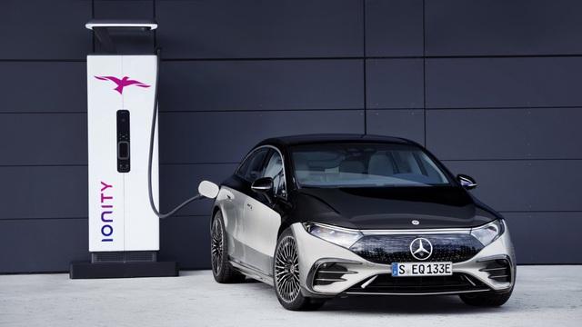 Mercedes-Benz EQS sắp về Việt Nam: Lớn như S-Class, chạy điện, có thể tận dụng trạm sạc VinFast - Ảnh 8.