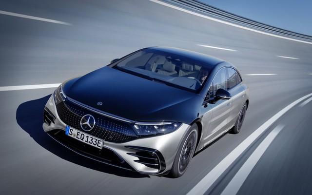 Mercedes-Benz sắp chia tay động cơ đốt trong, bỏ lại BMW lẻ loi trong bộ 3 xe sang nổi danh nước Đức - Ảnh 2.