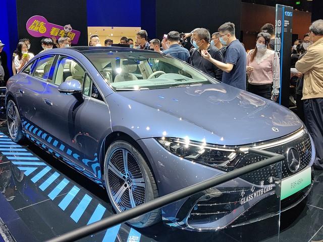 Mercedes-Benz EQS sắp về Việt Nam: Lớn như S-Class, chạy điện, có thể tận dụng trạm sạc VinFast - Ảnh 3.