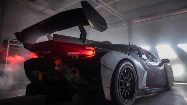 Lamborghini Huracan mới tiếp tục nhá hàng, khoe mang tới 'trải nghiệm chưa từng có'