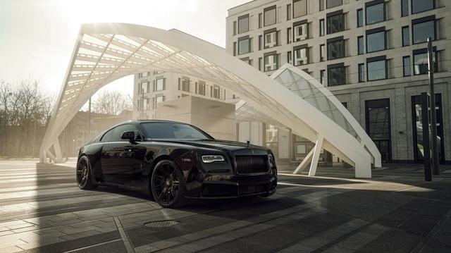 Độ Rolls-Royce phải như thế này: Wraith Black Badge đen toàn tập, công suất tăng lên tới 707 mã lực