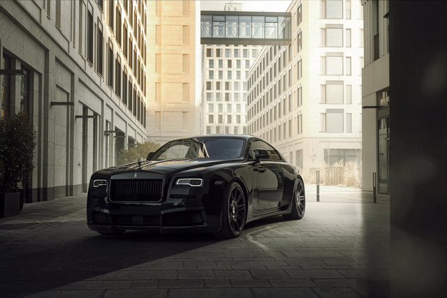 Độ Rolls-Royce phải như thế này: Wraith Black Badge đen toàn tập, công suất tăng lên tới 707 mã lực - Ảnh 1.