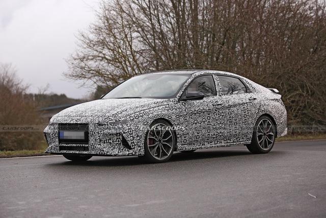 Hyundai Elantra N tiếp tục hé lộ tin nóng: Sẽ tham gia nhiều sự kiện tốc độ, ra mắt trong năm nay - Ảnh 1.